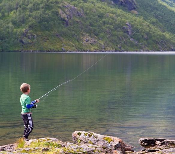 Mange fine fiskevann i Lomsdal-Visten - husk fiskekort!
